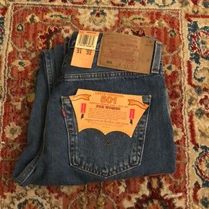 🌿 Vintage Levi's 501 High Waisted Blue Jeans 🌿